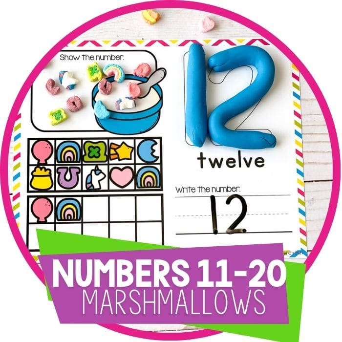 Using marshmallows to count to 20 with preschoolers.